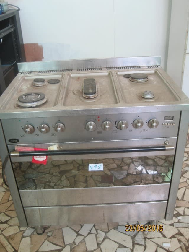 cuisiniere Electrique et gaz Xper 5 feux on Auction Now at Apex ...