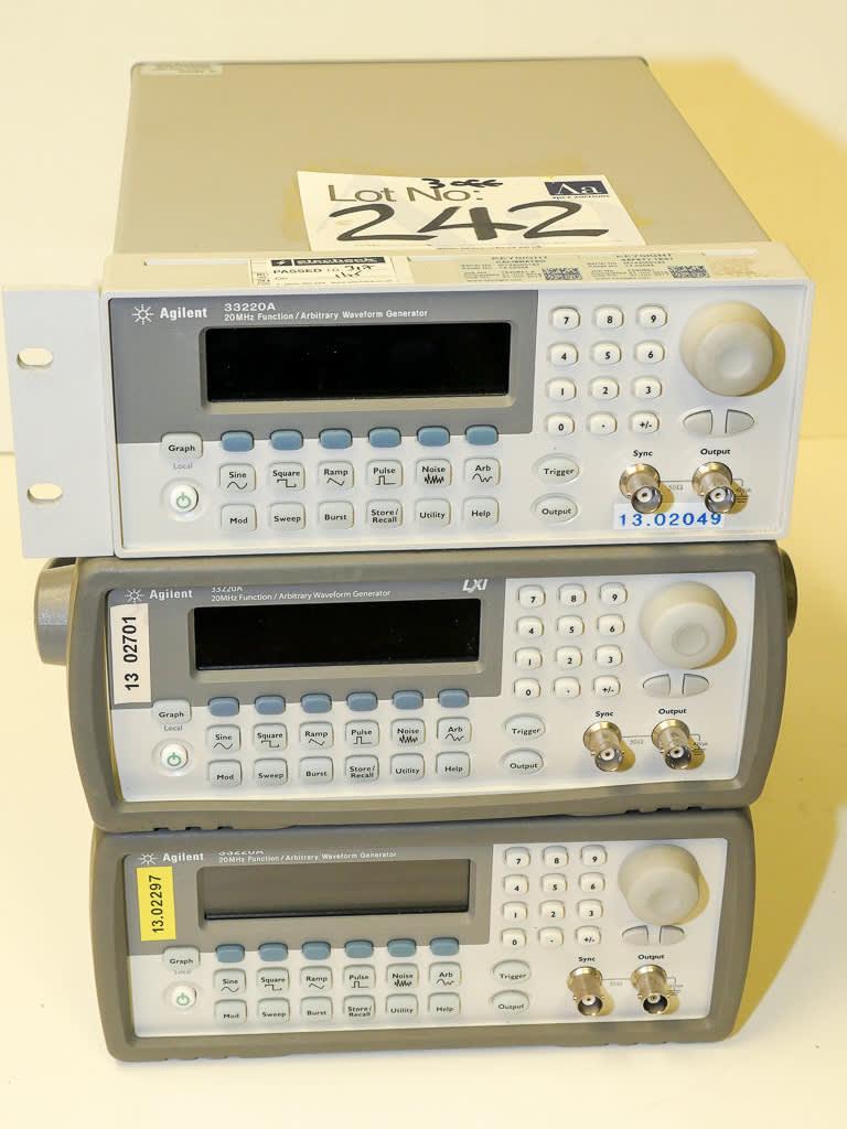 Three Off Agilent Type 33220a 20mhz Arbitrary Waveform Function Generator 242