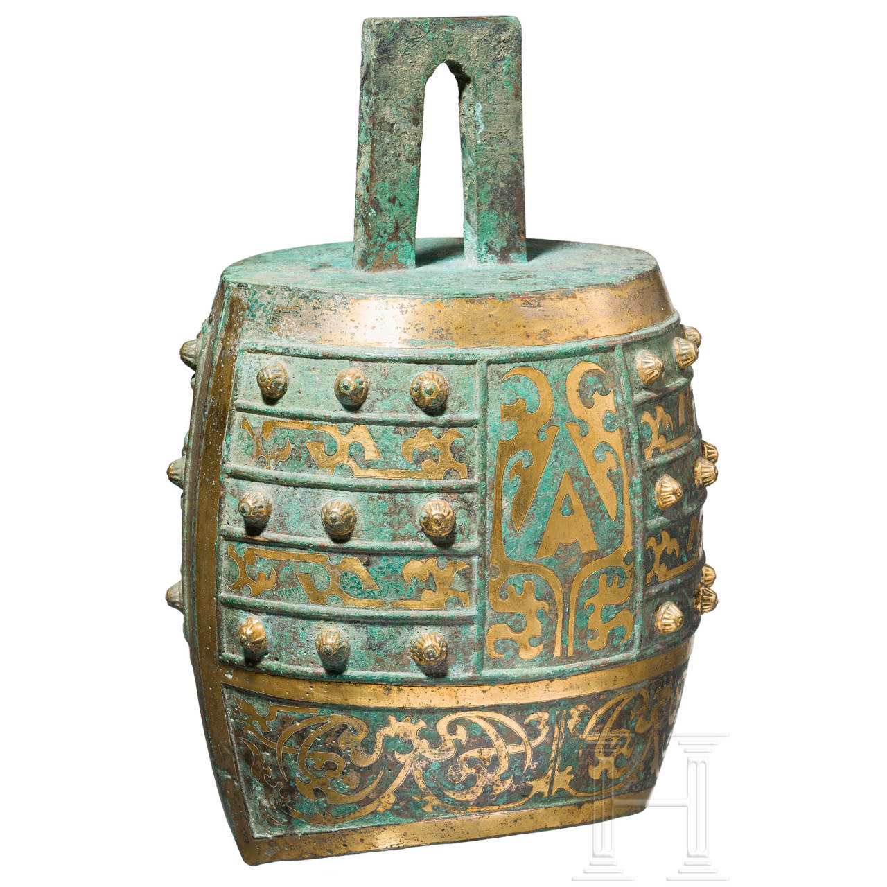 A Chinese bronze bell (zhong) with ornamental gold plating, Qin Dynasty, 3rd century B.C.