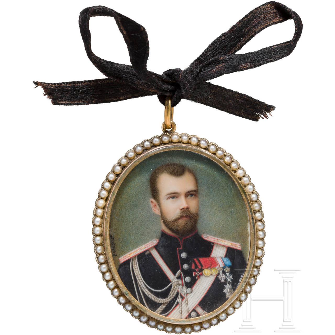 Persönliches Geschenk des Zaren Nikolaus II. - eigenes Portrait, Miniatur auf Elfenbein in goldenem Rahmen, möglicherweise Fabergé, Miniaturmaler Johannes Zehngraf, Russland, datiert 1898