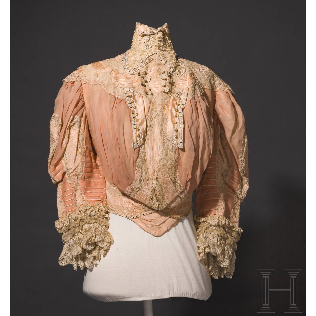 Empress Elisabeth of Austria – a two-piece summer dress in salmon pink from Corfu