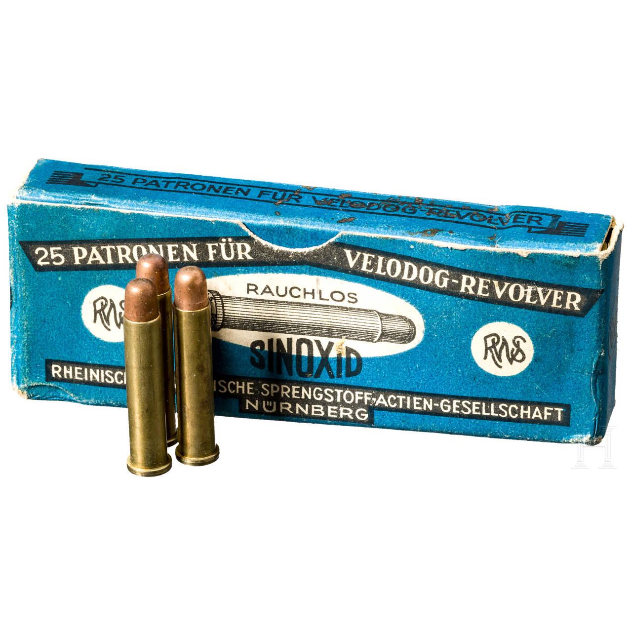 25 Patronen 5,75 mm Velodog Revolver, in Originalschachtel