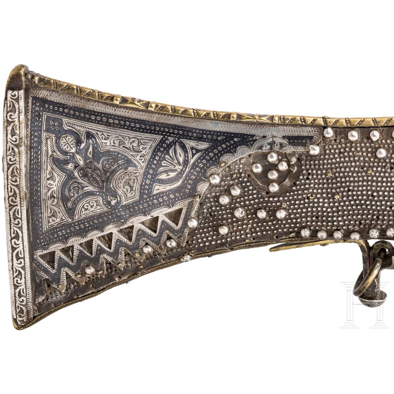 Silbermontierte, niellierte Prunk-Moukhala, Marokko, 19. Jhdt.