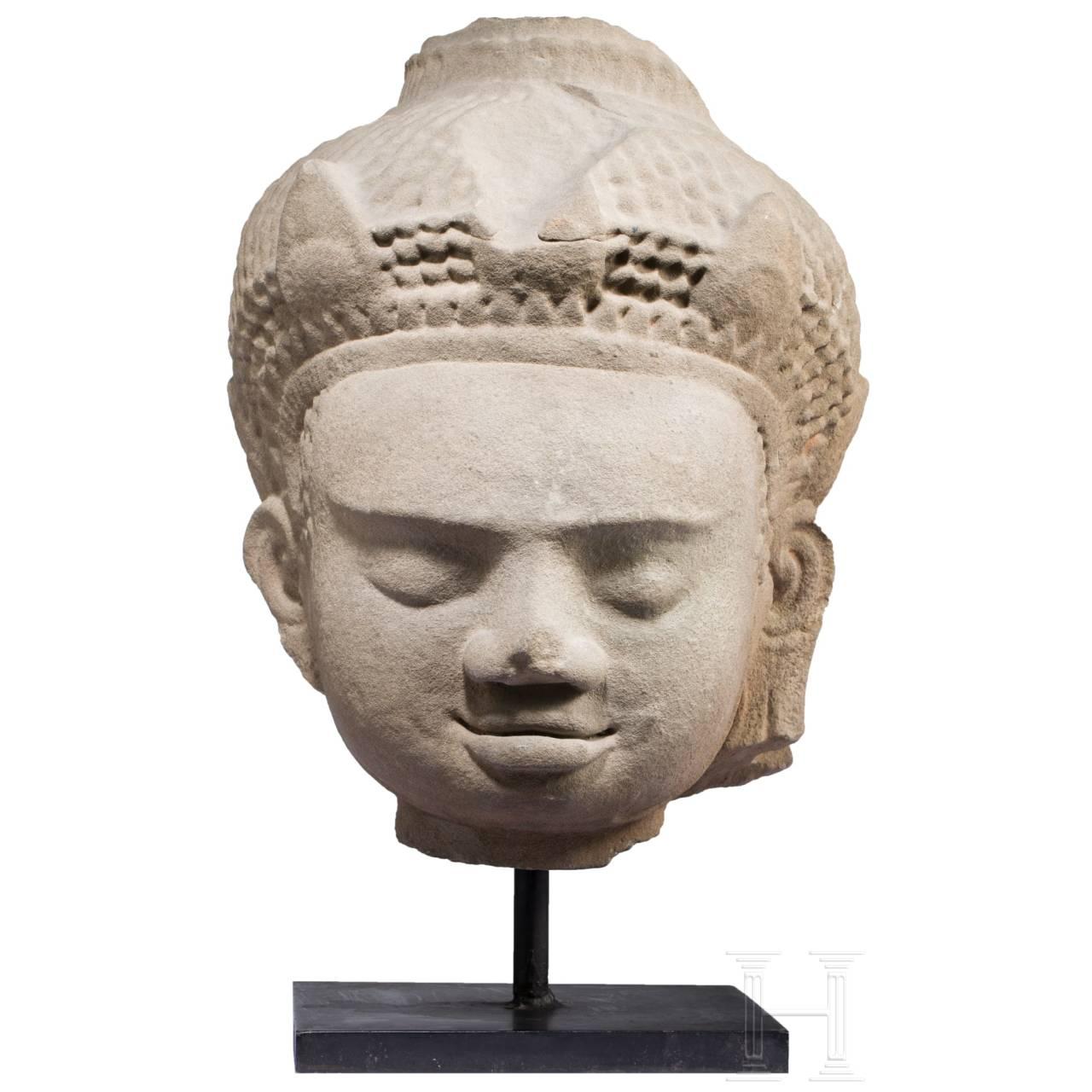 Überlebensgroßer Kopf eines Dvarapala, Mon-Dvaravati (Thailand), 8./9. Jhdt.