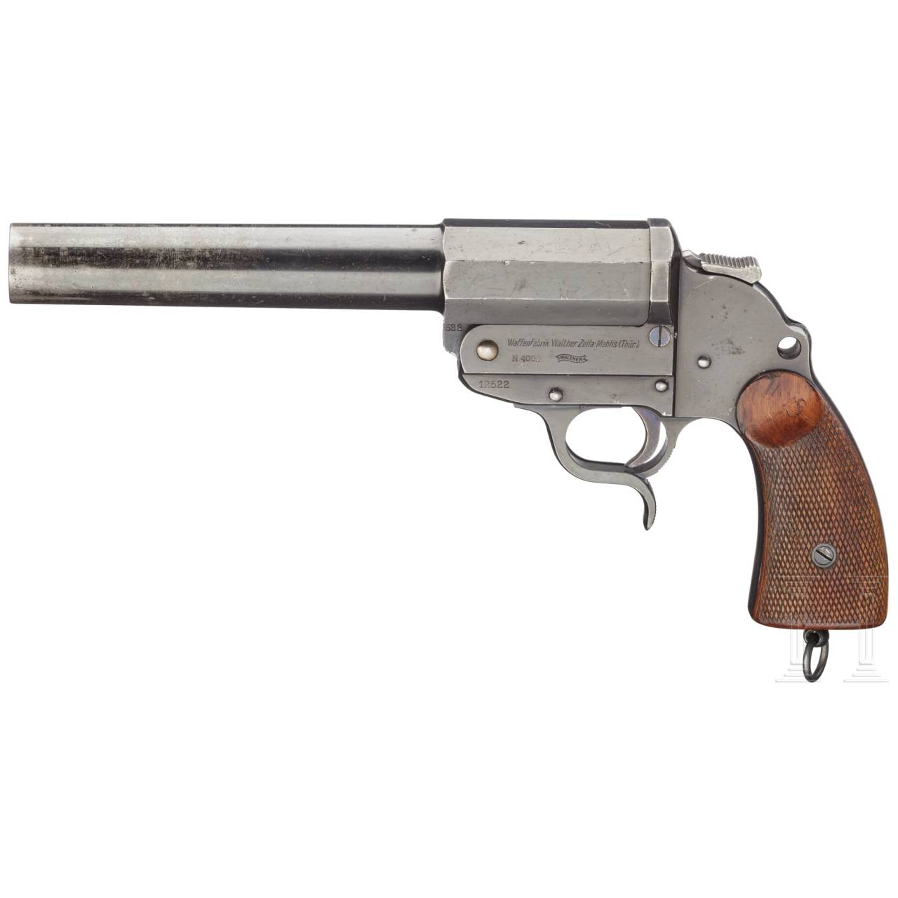 A Walther long-barreled flare gun (Army Model)