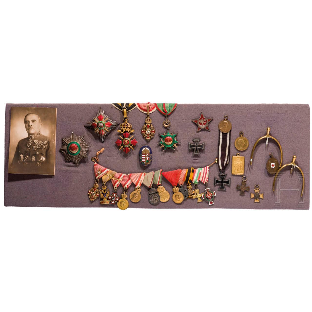 Auszeichnungen und Gemälde des Feldmarschallleutnants Sándor Kontz