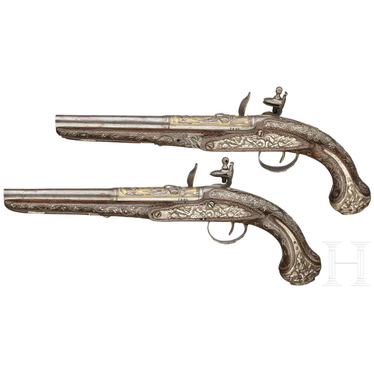Ein Paar silbermontierte Luxus-Steinschlosspistolen, osmanisch, um 1820