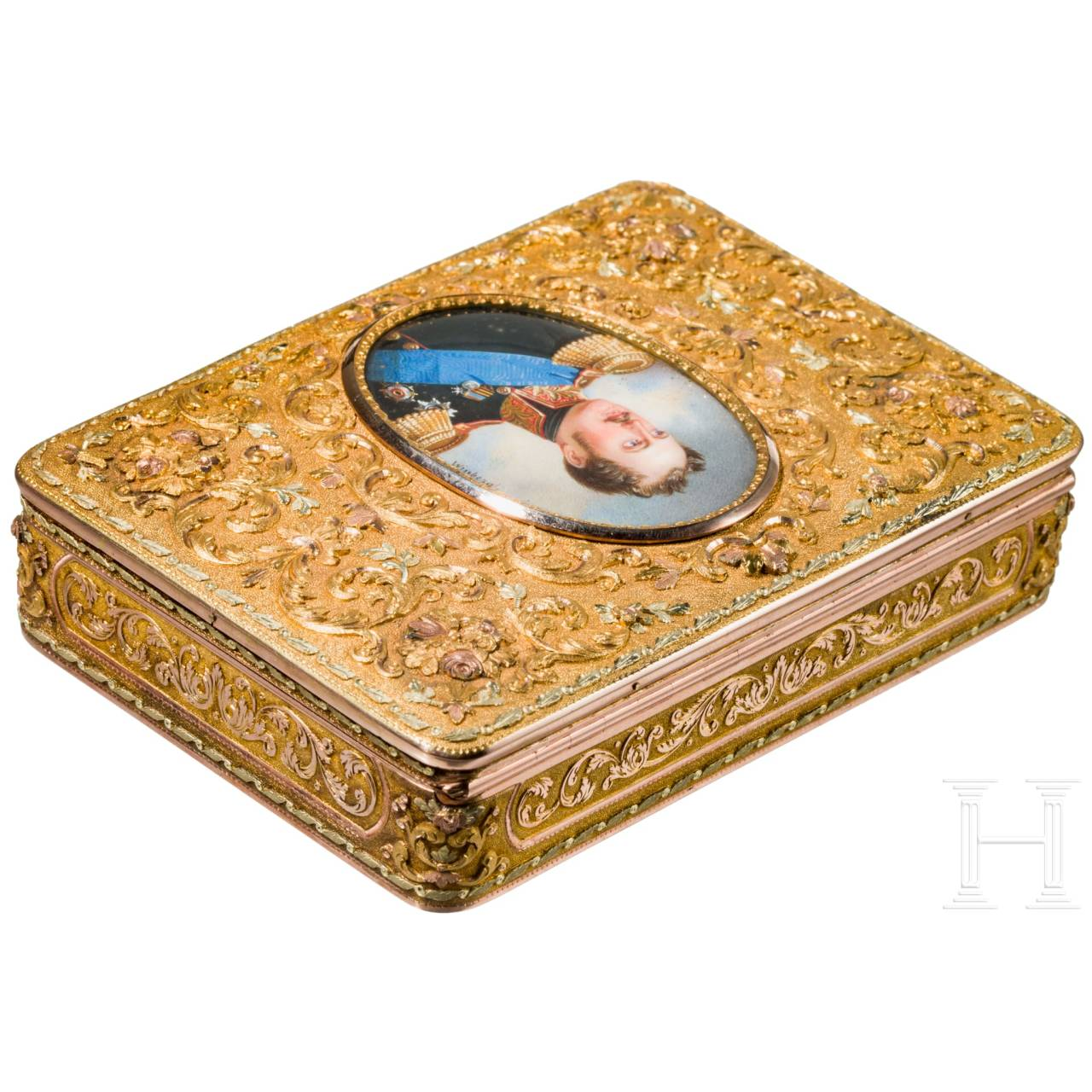 A splendid gold snuffbox with the miniature portrait of Tsar Nicholas I, personal gift from the Tsar, master of miniatures Ivan Winberg (1798 – 1851), circa 1825/35