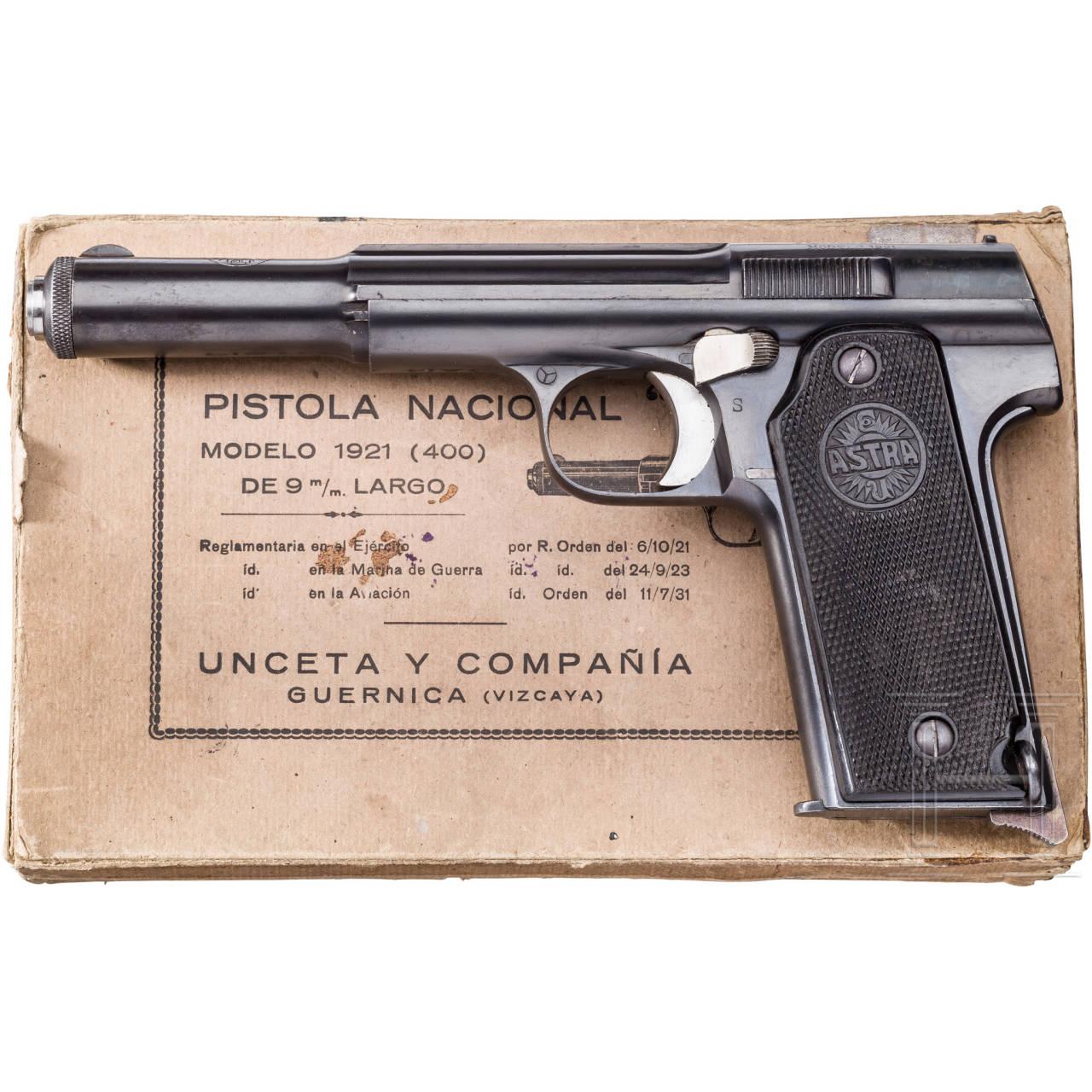 Astra Mod. 400 (1921), Typ I, im Karton