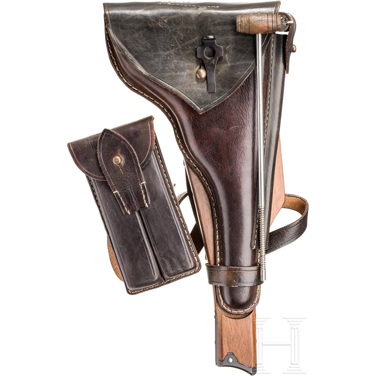 Anschlagbrett mit Tasche zur Pistole 04, Marine