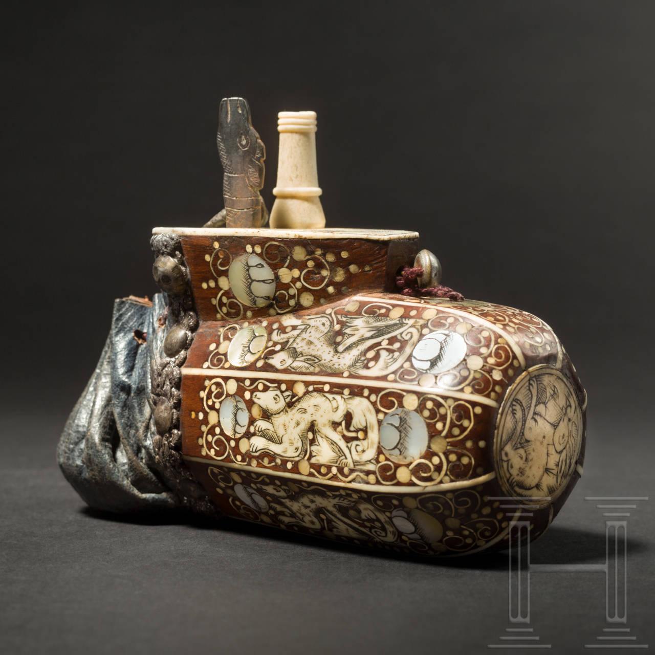 Bedeutende Pulverflasche für Teschinken, Böhmen, um 1650
