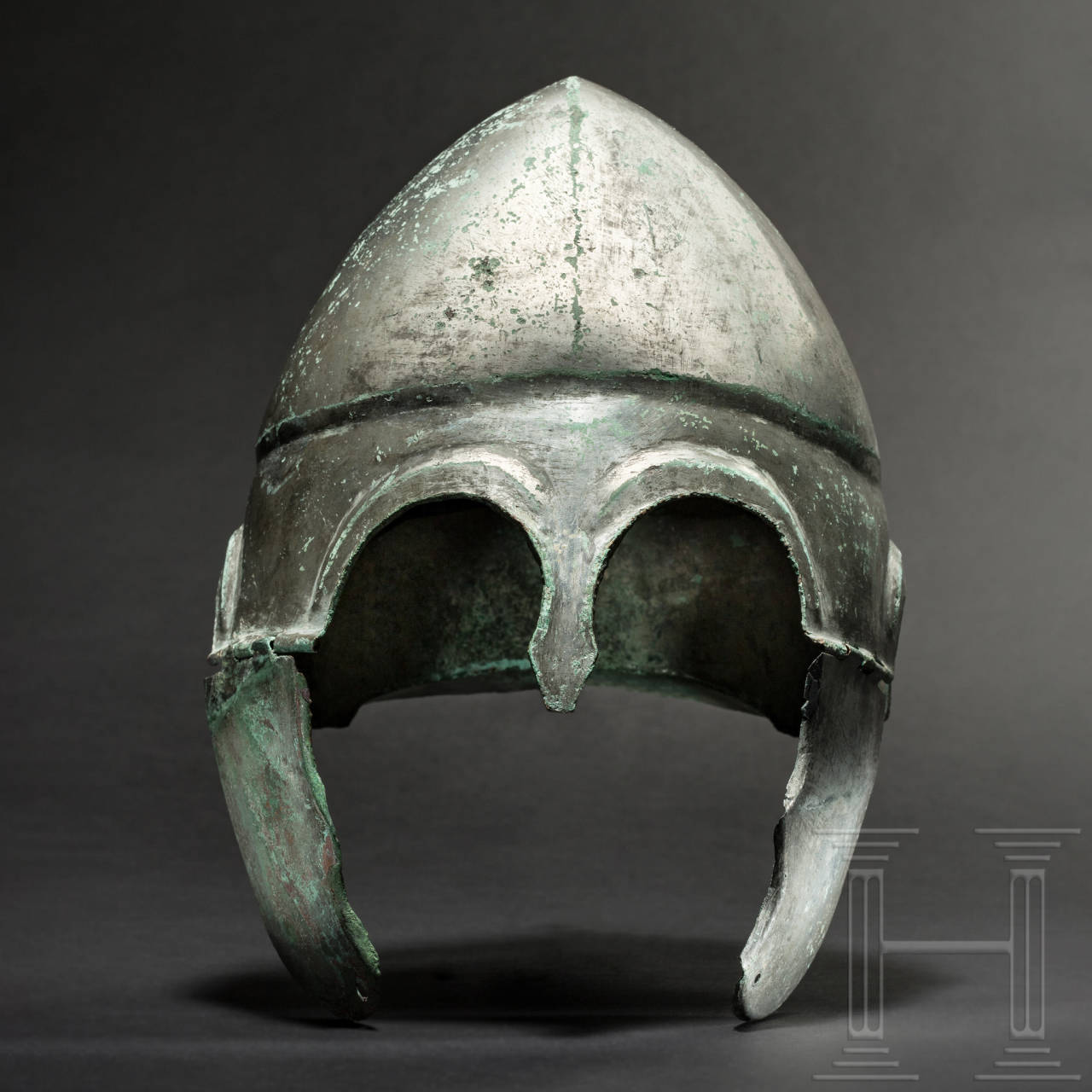A Chalcidian helmet, type V, early 4th century BC