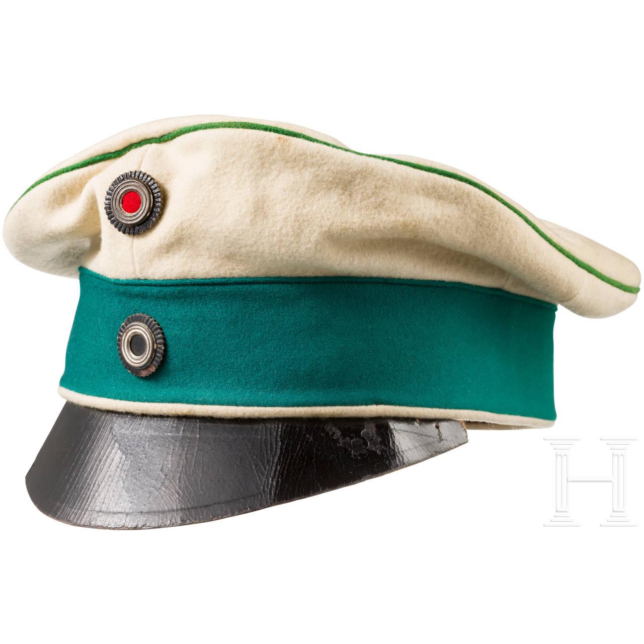 "Soft visor cap (""crusher"") for officers in the Cuirassier Regiment  ""Graf Gessler"" (Rhenish) No. 8"