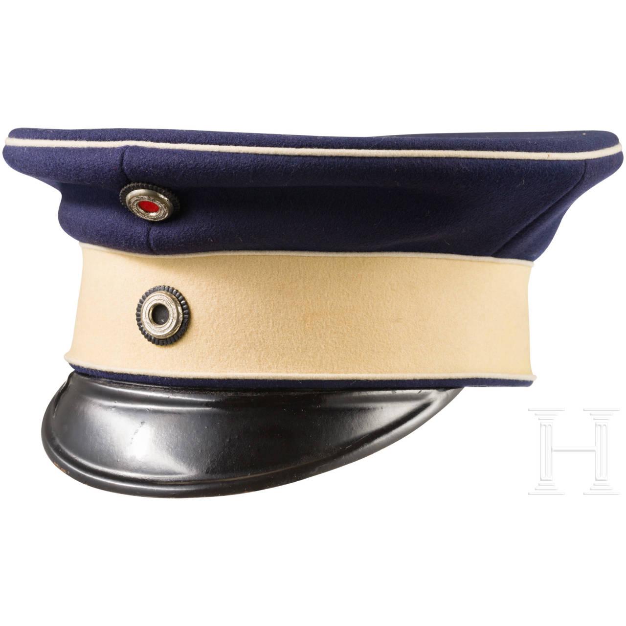 """Visor Cap for officers in the Hussar Regiment """"Kaiser Franz Joseph von Österreich, König von Ungarn"""" (Schleswig-Holstein) No. 16"""