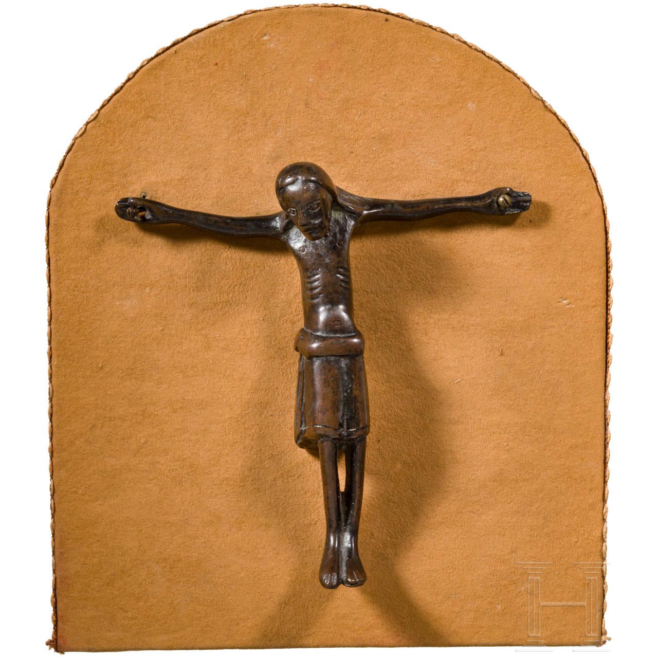 Gotischer Christuskorpus aus Bronze, Maas-Gebiet, 13. Jhdt.