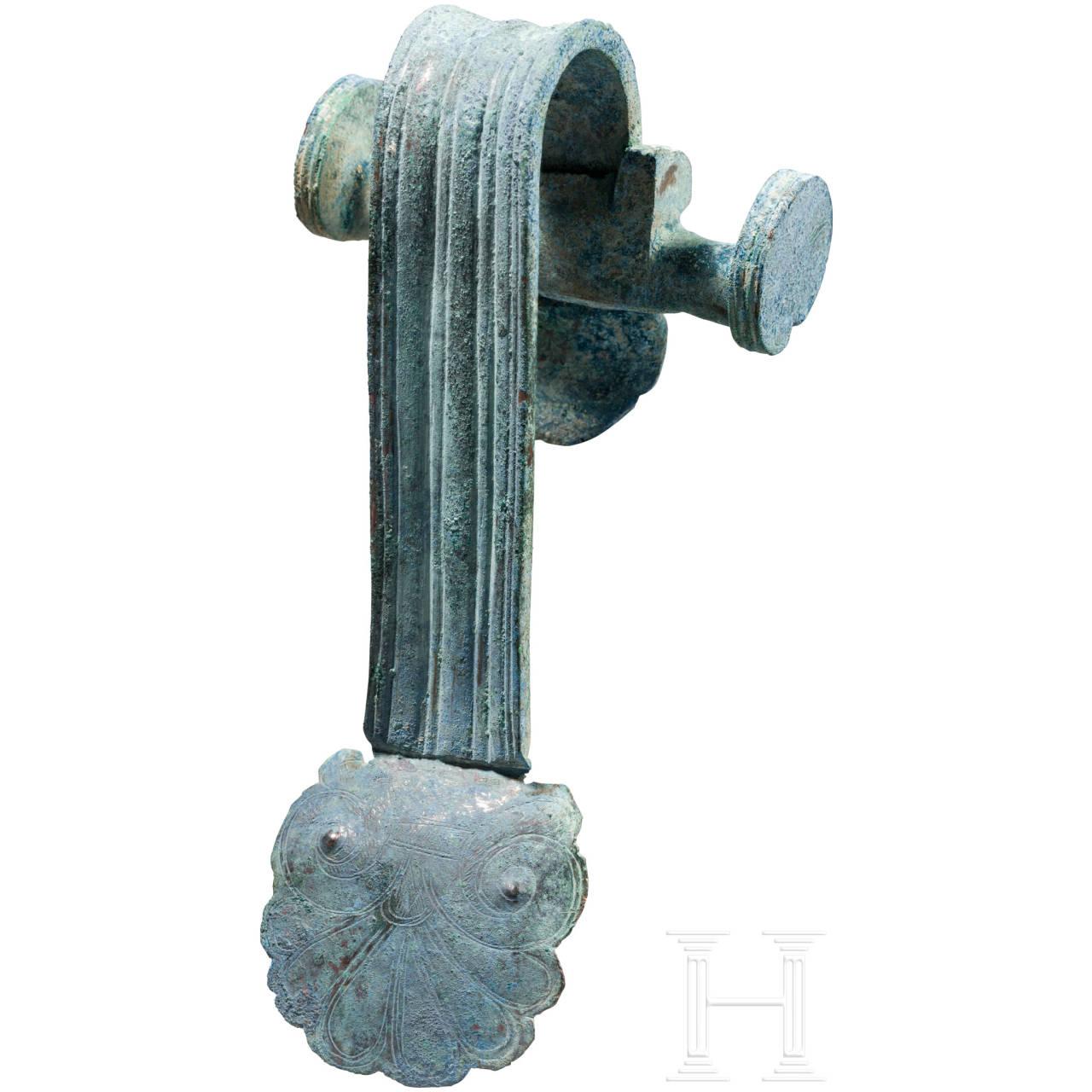 Henkelattasche eines Bronzegefäßes, Griechenland, 5. Jhdt. v. Chr.