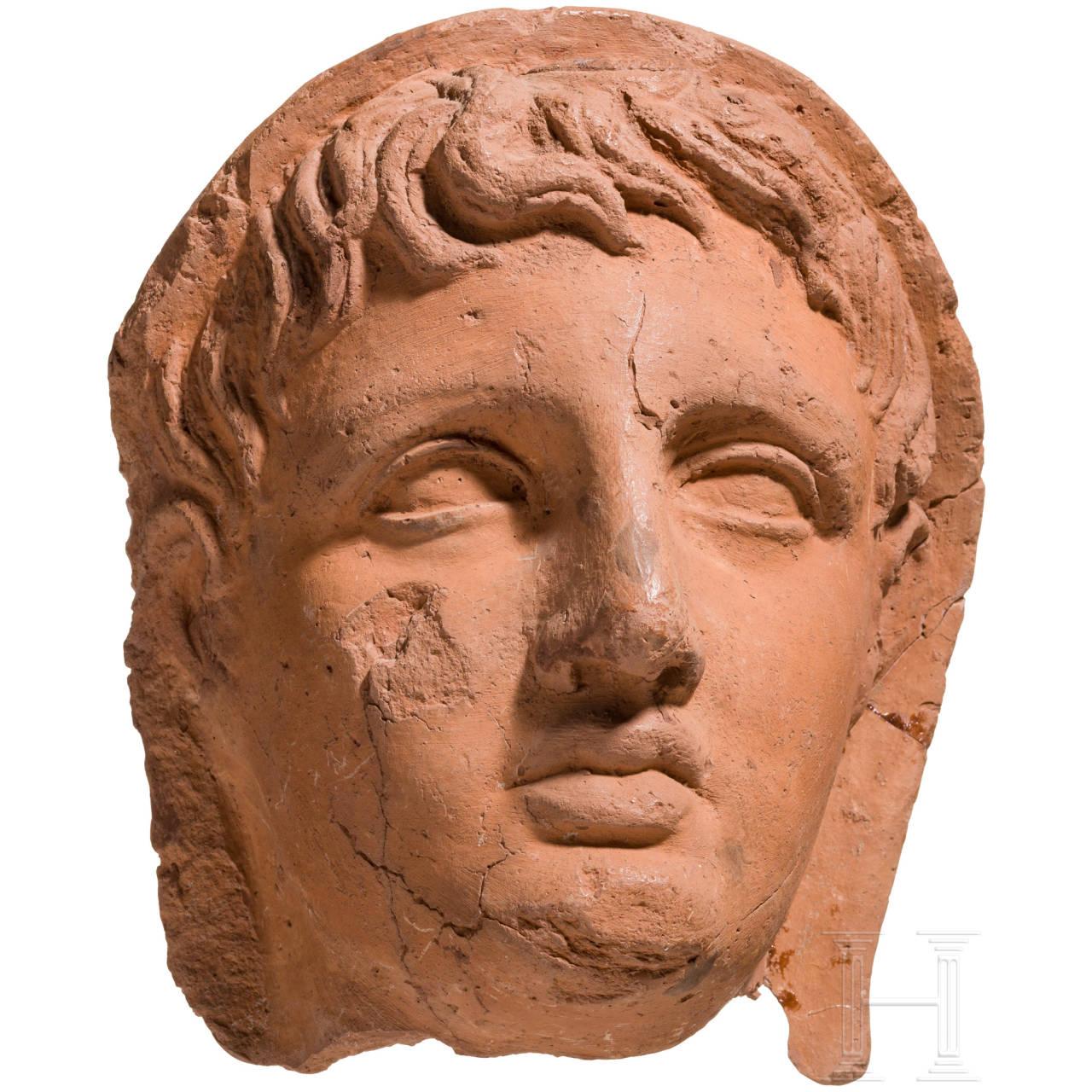 Terrakotta-Votivkopf eines jungen Etruskers, etruskisch, 2. Hälfte 1. Jhdt. v. Chr.