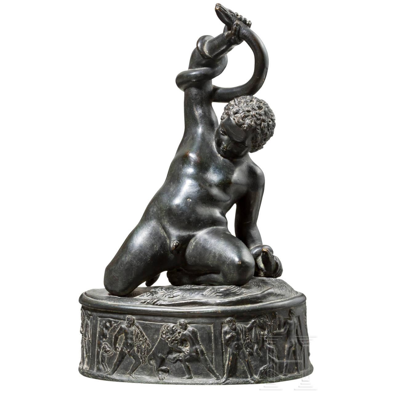 Bronzeplastik Herkulesknabe mit Schlangen, 19. Jhdt.