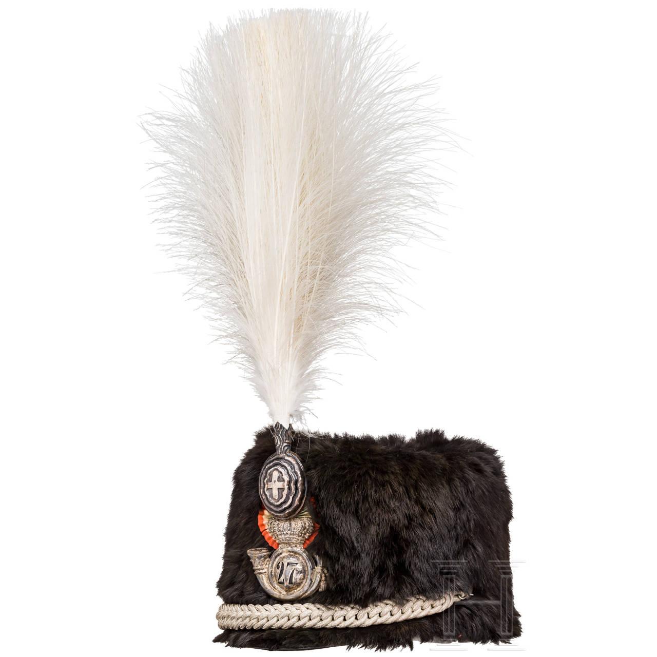 """Fur cap of the colonel commander of the Reggimento """"Cavalleggeri di Aquila"""" no. 27, 1st half of the 20th century"""