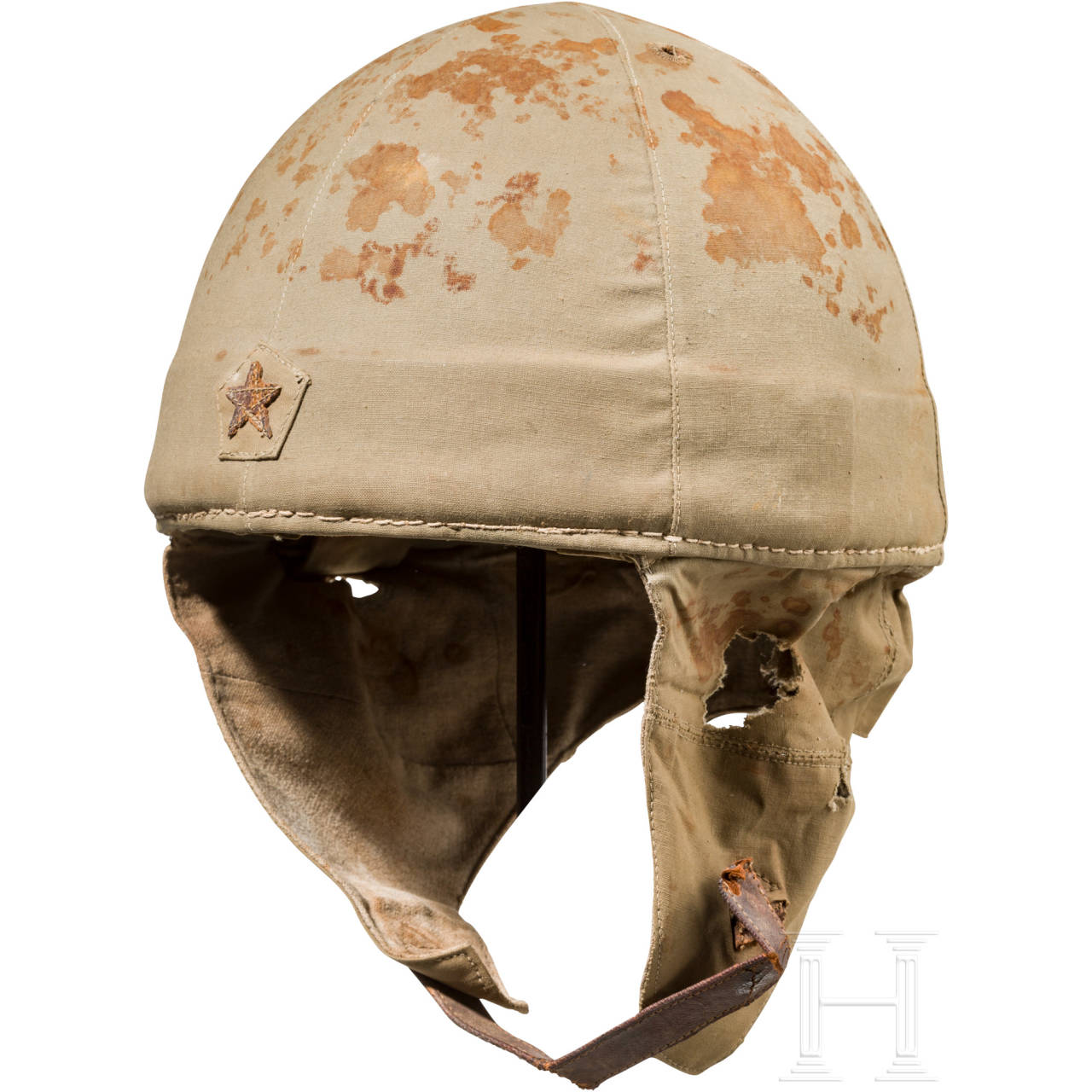 A paratrooper helmet, 2nd World War