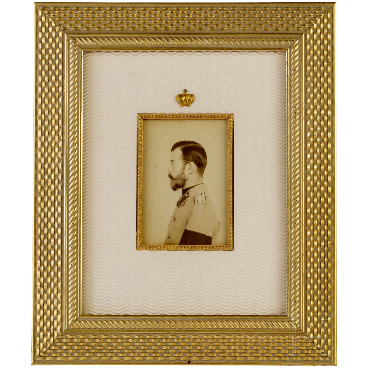 Photo of Grand Duke Alexander Romanov and Grand Duchess Xenia, as well as photo of Tsar Nicholas II.