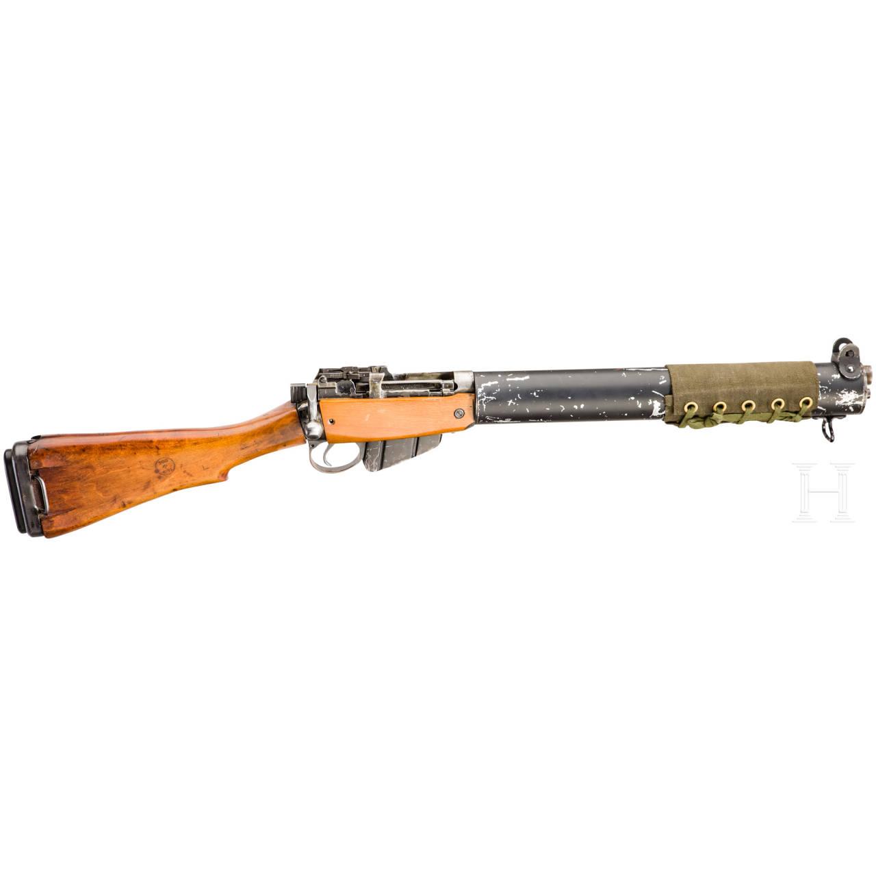 Enfield De Lisle Commando Carbine, Silencer