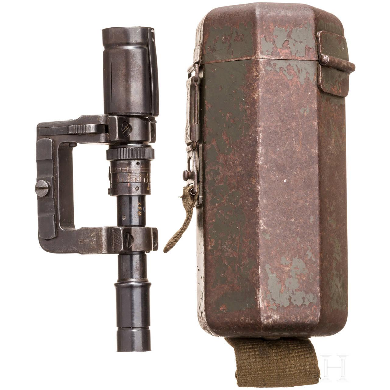 ZF 41 mit Fernrohrhalter und Behälter