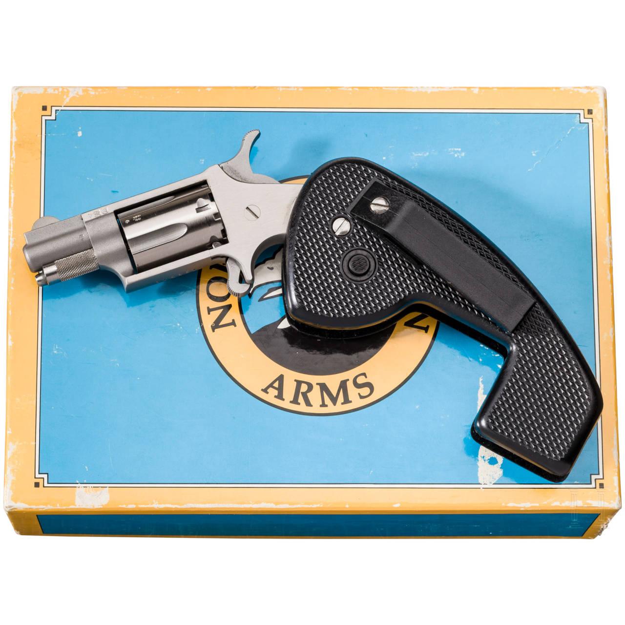 North American Arms Mini Revolver, NAA-22HG/LR, im Karton