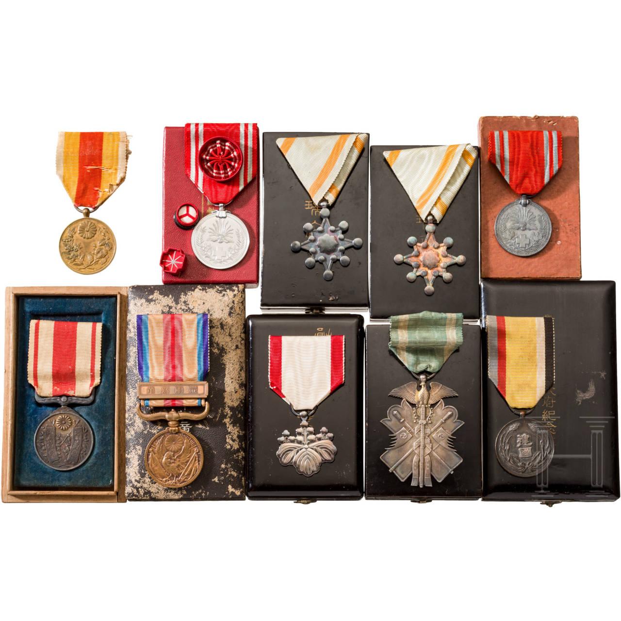 Kleine Sammlung japanischer Auszeichnungen, 1. Hälfte 20. Jhdt.