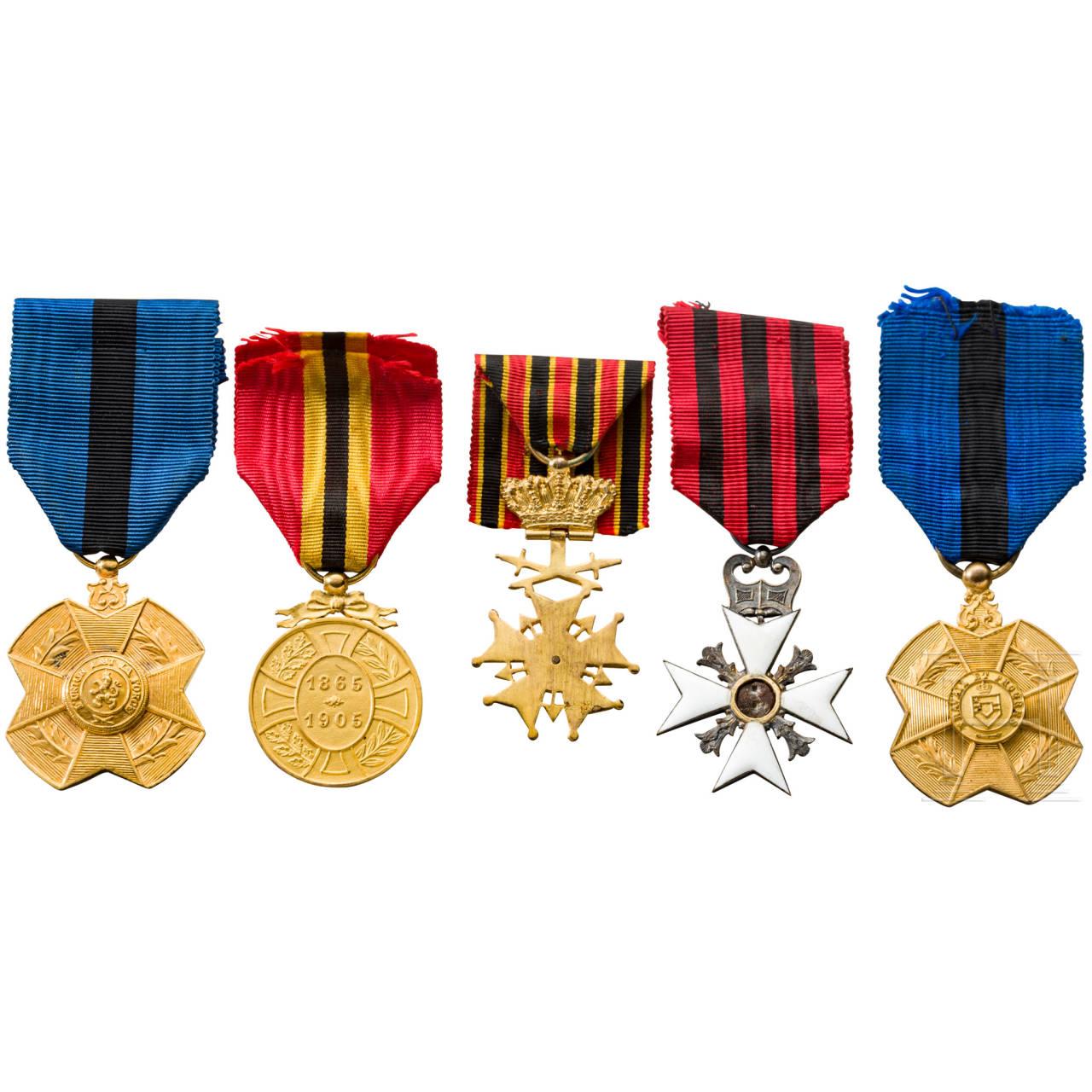 Five awards, Belgium, 20th century