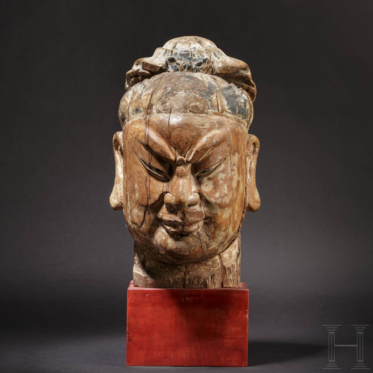 An imposing Chinese carved head of a high-ranking official, Ming dynasty, 16th/17th century