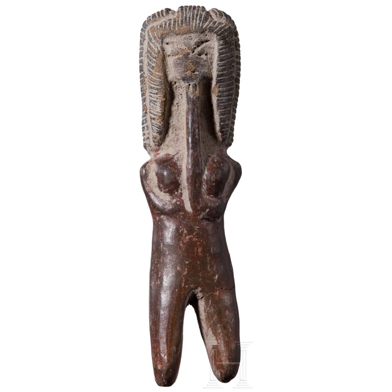 Kleinterrakotta in Form einer Flötenspielerin, Valdivia-Kultur, Ecuador, ca. 2500 – 2000 v. Chr.