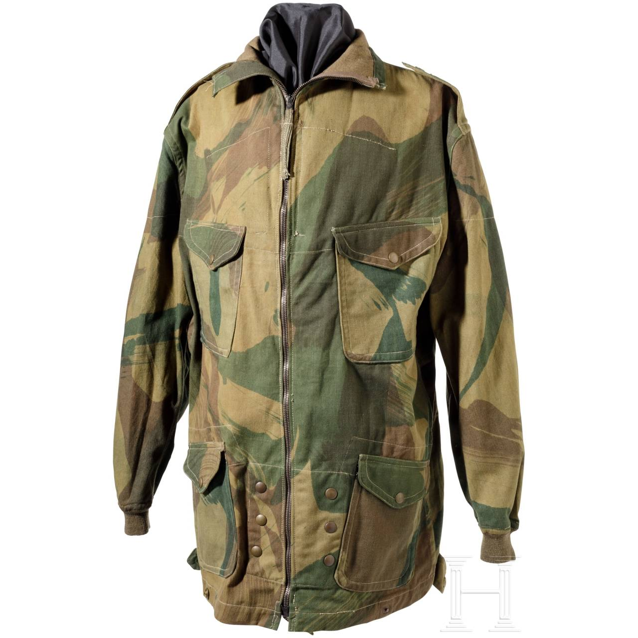 A camouflage clothing for paratroopers in World War II
