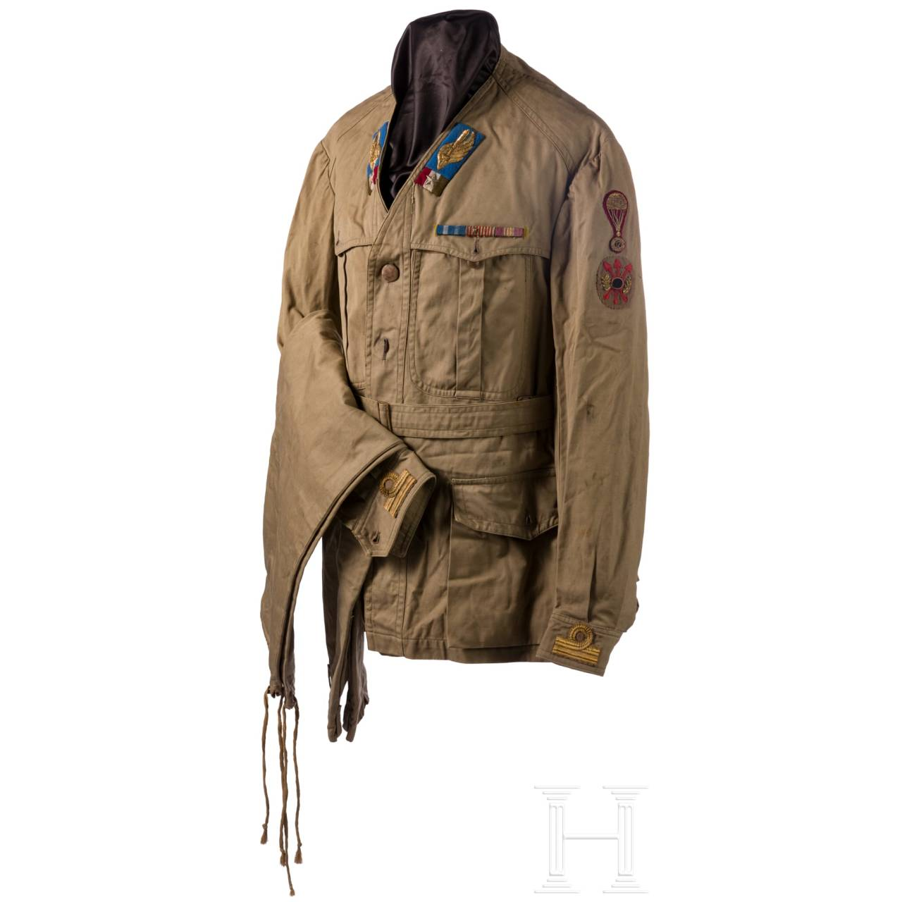 A summer uniform for a training officer of the paratroopers in World War II