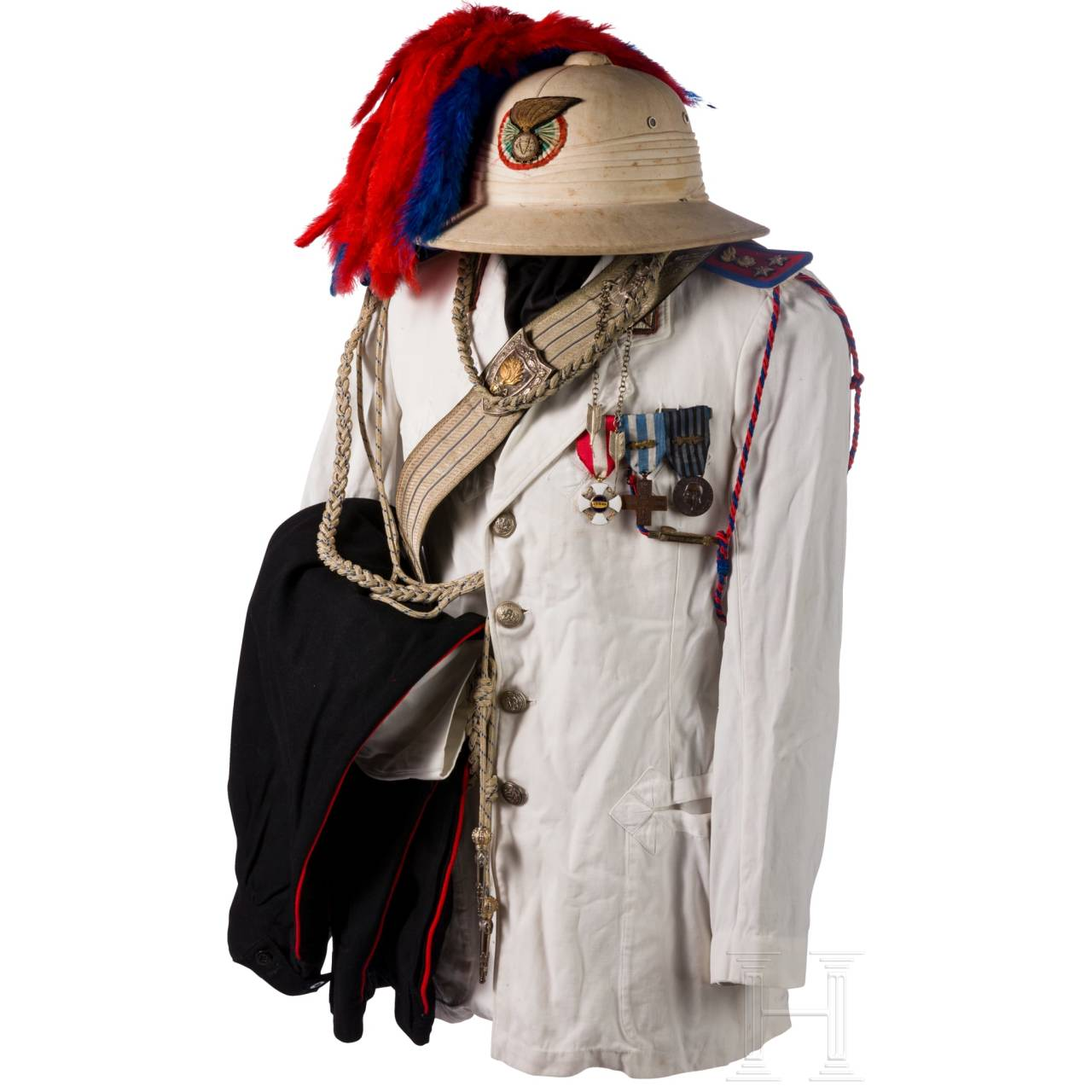 A tropical uniform for officers of the Colonial Carabinieri, until 1946