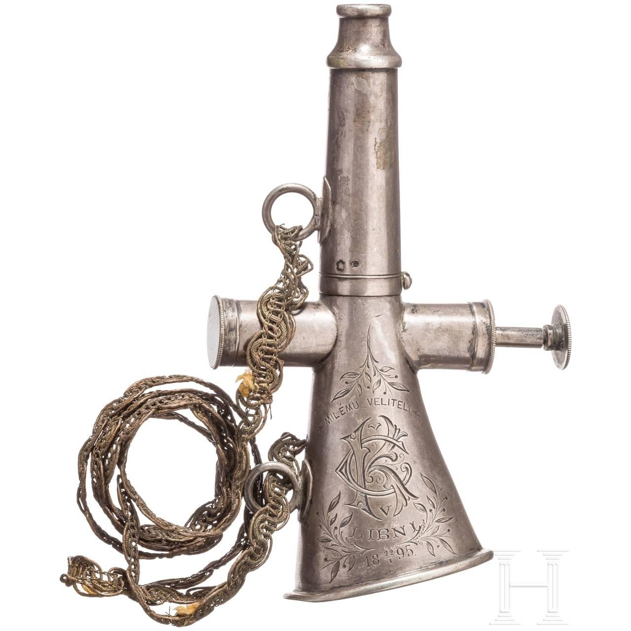 Silbernes Feuerwehrhorn, datiert 1895