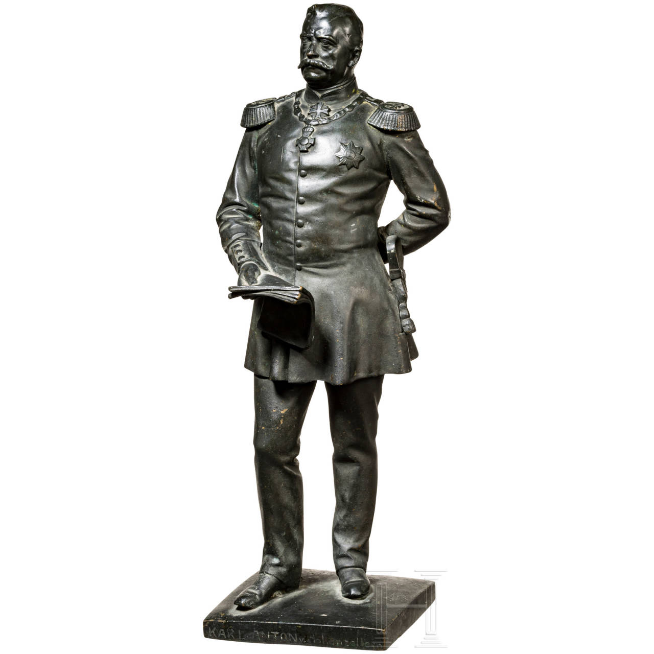 Bronzefigur des Prinzen Karl Anton von Hohenzollern (1811 - 1885) als General