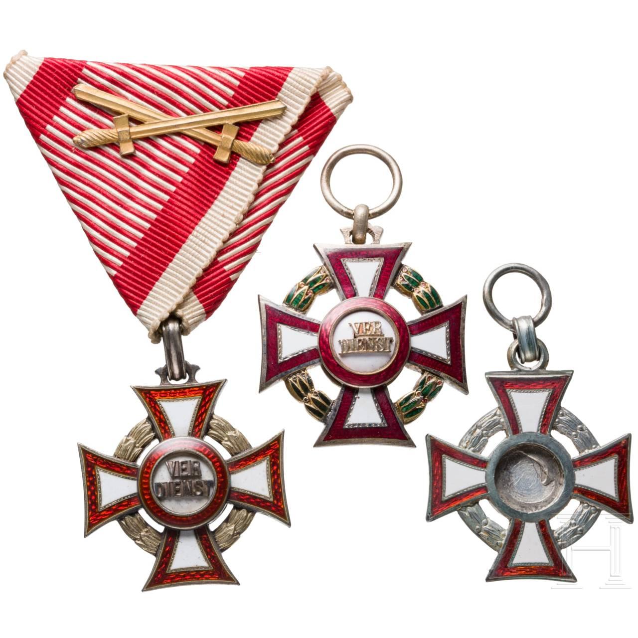 Militärverdienstkreuz – drei Auszeichnungen