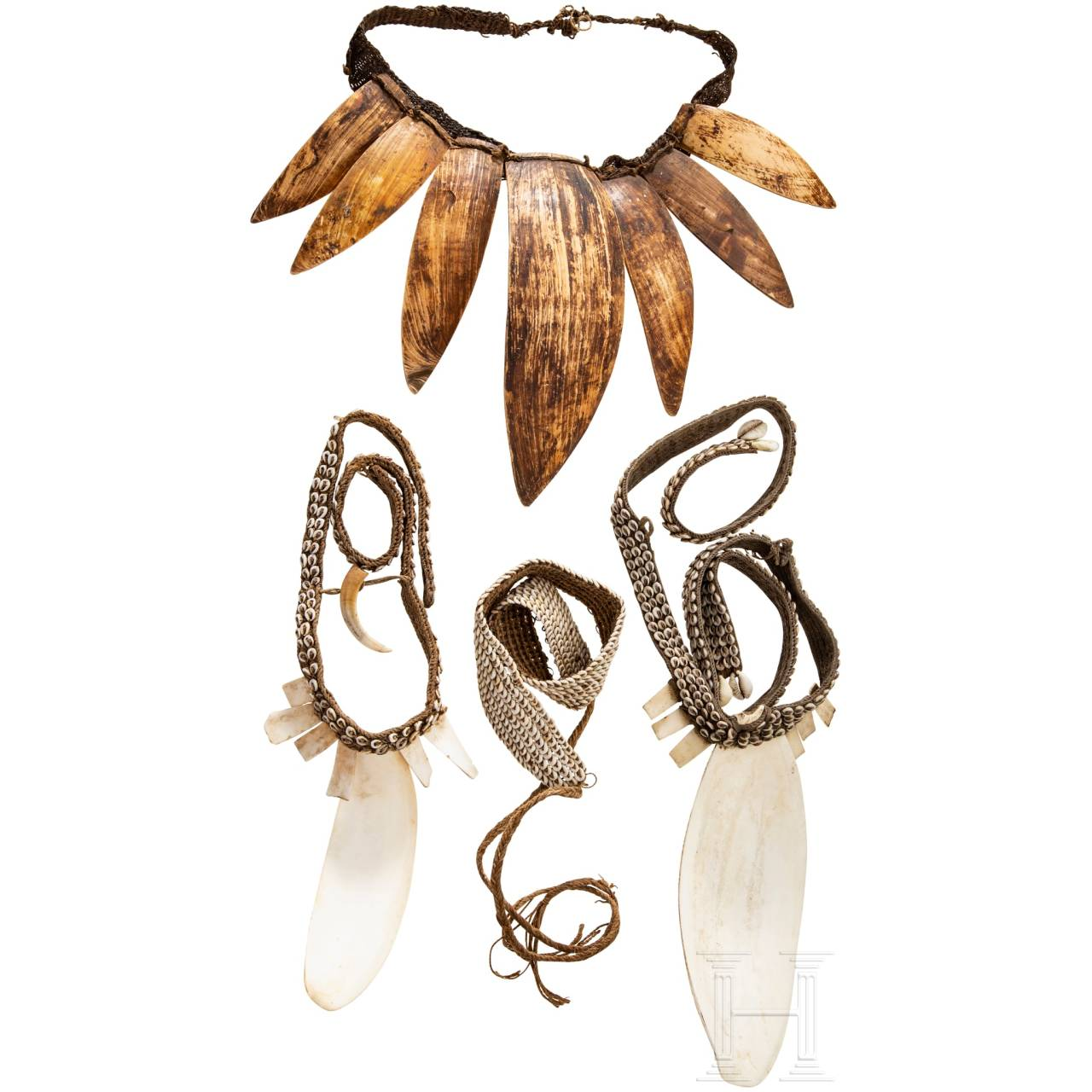 Four pieces of jewellery, Papua New Guinea