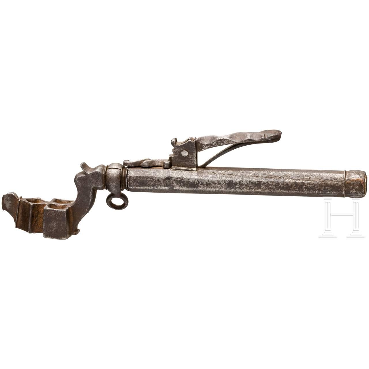 A German wheel lock key with powder measure, around 1600