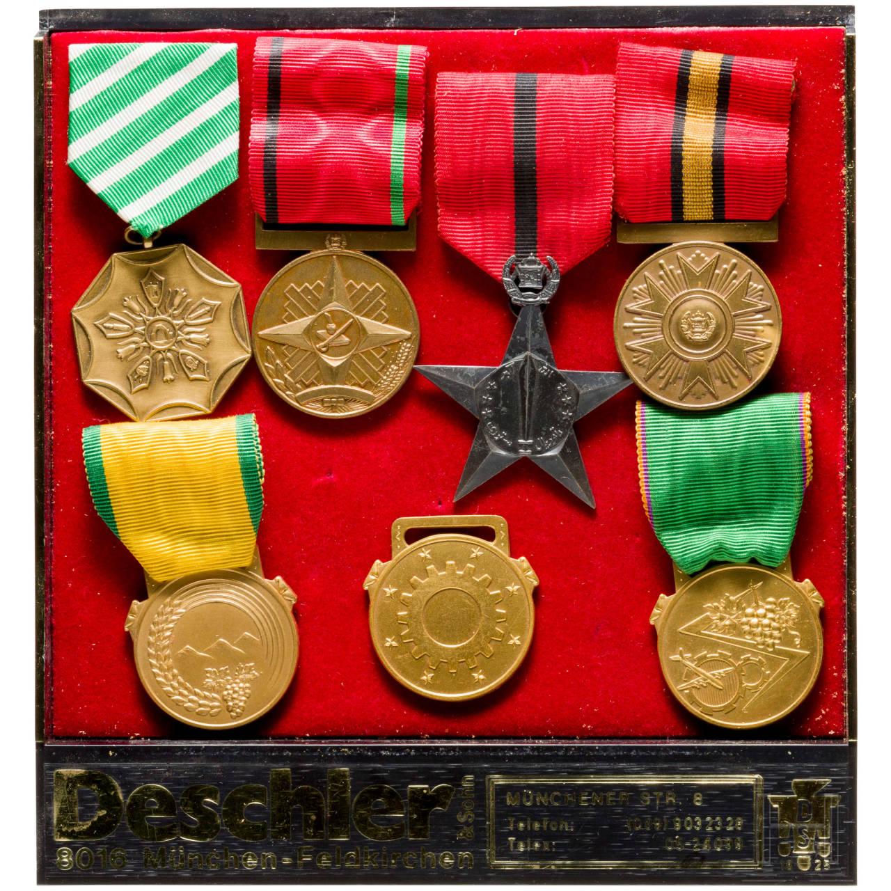 Company Deschler & Sohn, Munich - seven international badges in presentation box, 1970s