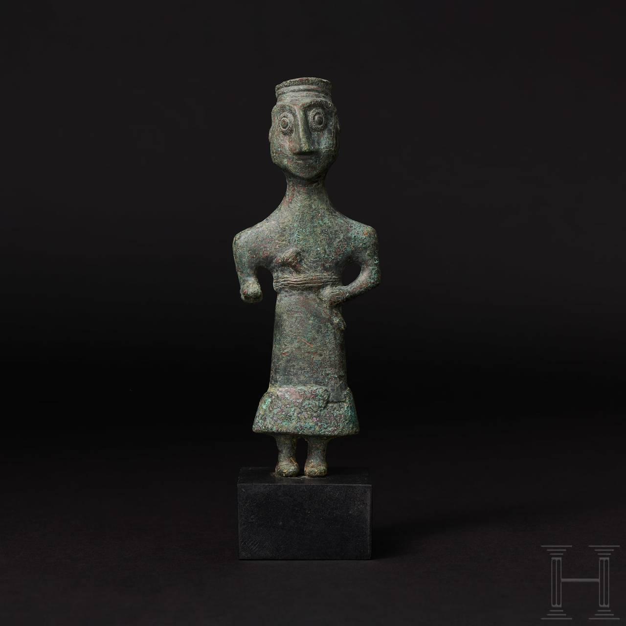 Elamitische Bronzestatuette eines Würdenträgers, Vorderasien, 3. Jtsd. v. Chr.