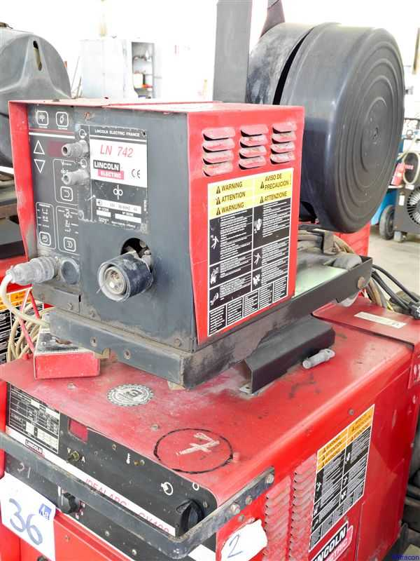 lot 36 lincoln electric idealarc cv mig welding machine with lincoln ln742 wire feed