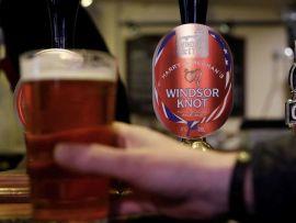 Windsor knot header