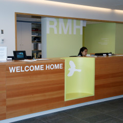 Rmh reception counter1 1447560215