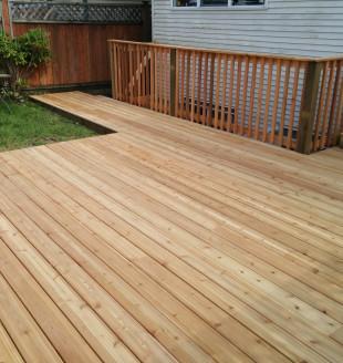Cedar patio   railing 3 1447560202