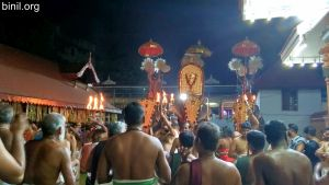 Paramekkavu Bagavathi Temple Vela - Veliyannur Desapattu on 29th Dec 2019