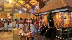 Paramekkavu Bagavathi Temple Vela - Koorkenchery Desapattu on 5th Jan 2021