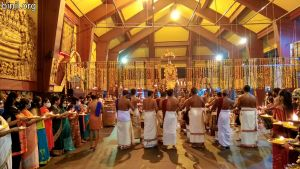 Paramekkavu Bagavathi Temple Vela - Kizhakkumpattukara Desapattu on 6th Jan 2021