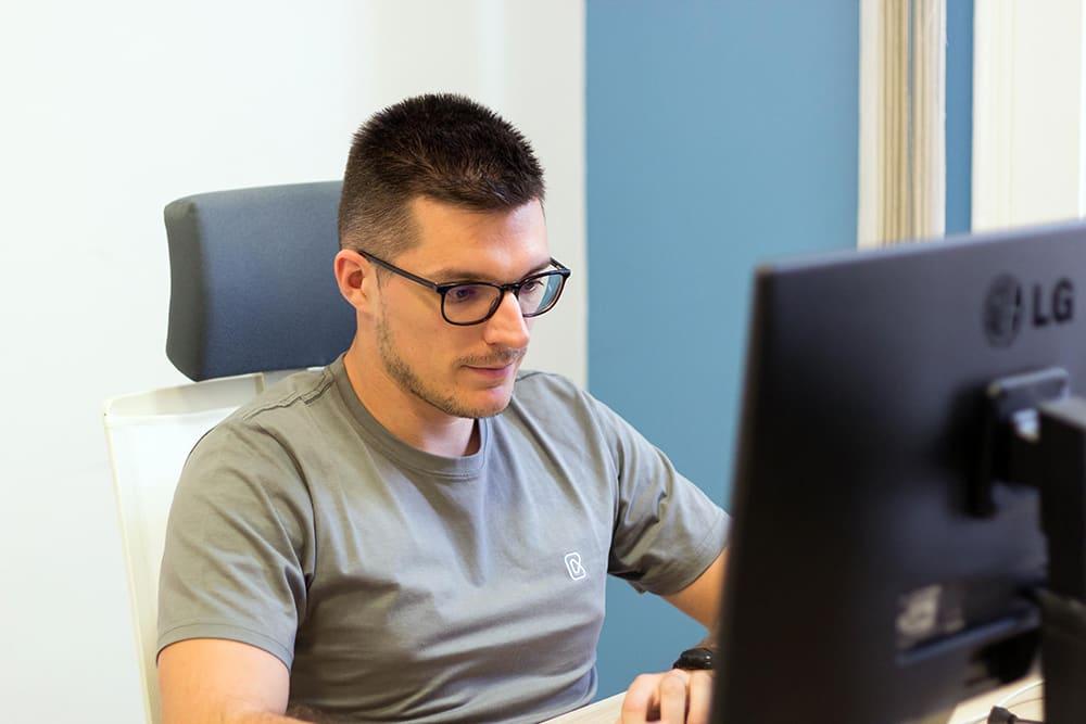 Software engineer, software developer
